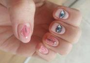 Waginalny manicure, czyli cipki na paznokcie